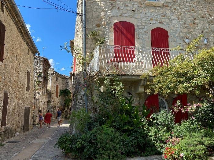 Aiguèze village street