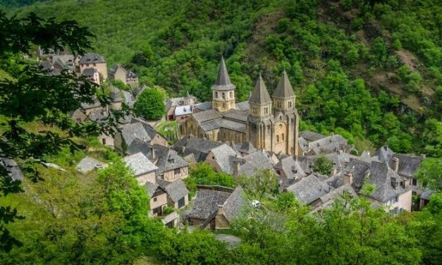 "30+ of The ""Plus Beaux Villages de France"""