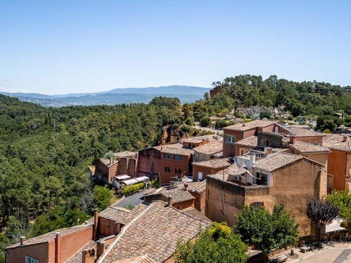 One of the plus beaux village de France Roussillon